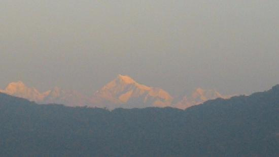 Hotel Royal Residency: Kanchenjunga from my room 205 at 0600 hrs morning