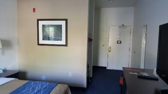 Quality Inn & Suites: 20160321_160850_large.jpg