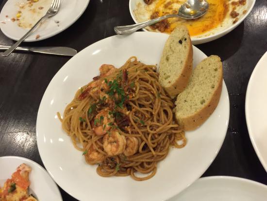 Gourmet Farms: Seafood pasta