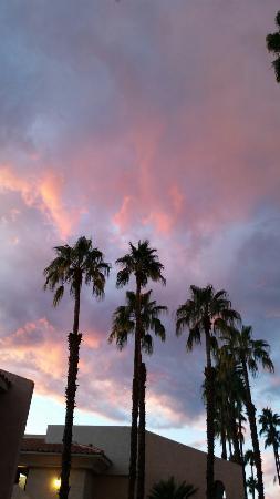 Welk Resort Palm Springs - Desert Oasis: 20151225_164937_large.jpg