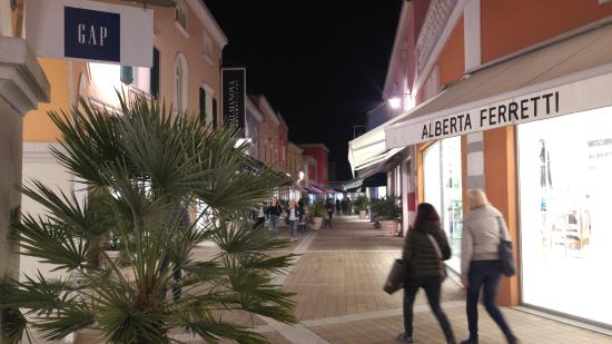 Palmanova Outlet Village at the evening 4 - Picture of Palmanova ...