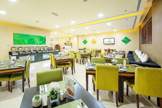 spices all day dining restaurant picture of al khoory hotel rh tripadvisor co uk