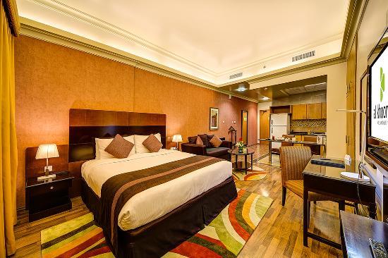 studio apartment master bed picture of al khoory hotel apartments rh tripadvisor com