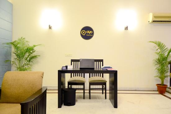 OYO Flagship GK1