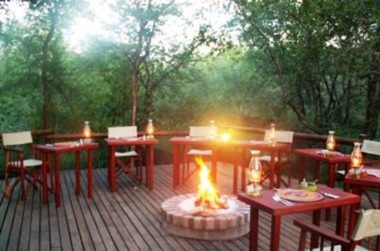Shikwari Game Reserve: Boma