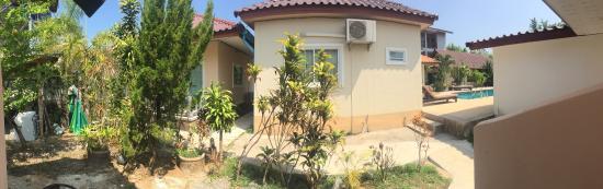 Khao Lak Summer House Resort: Sehr sauberer Pool und eine gepflegte Anlage