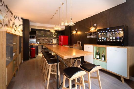 Le Spritzer - Bar à vins