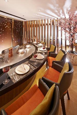 Gen Zen Teppanyaki - Windsor Hotels: 鐵板燒-包廂設計適合商務洽公及小型聚會