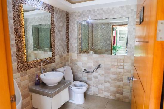 Chambre hotel mactan updated 2018 reviews price comparison lapu lapu philippines tripadvisor