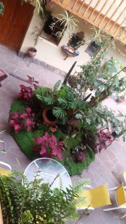 Apu Huascaran Hostal - Cusco: Samma trevliga innergård