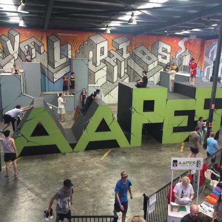 Chullora, ออสเตรเลีย: Sky High Indoor Trampoline Park