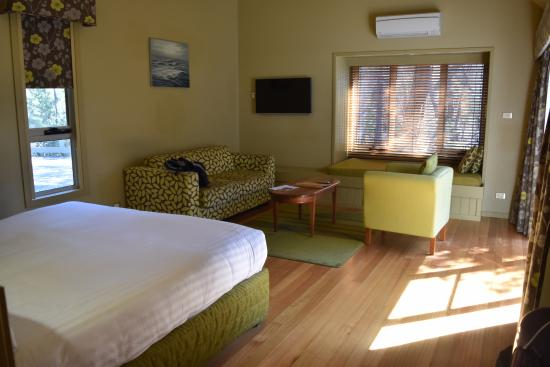 1 Room Cabin 1 room cabin with balcony - picture of freycinet lodge, coles bay