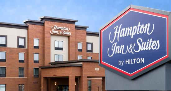 Hampton Inn & Suites La Crosse Downtown