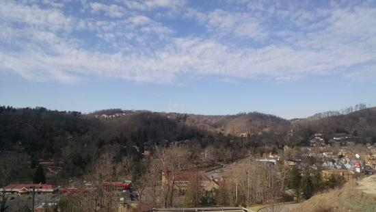 Holiday Inn Express Hotel & Suites WHEELING: View during the end of winter... beautiful.