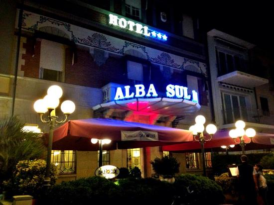 Photo of Hotel Alba sul Mare Lido Di Camaiore