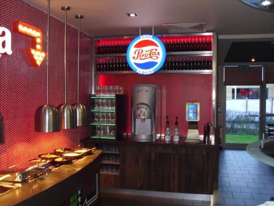 Your Average Pizza Hut Pizza Hut Dudley Traveller Reviews