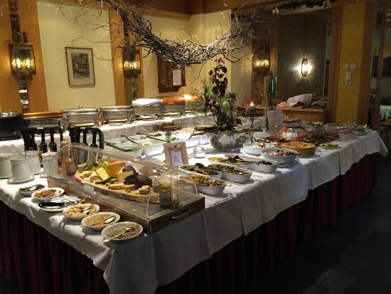 Mosern, ออสเตรีย: Breakfast buffet
