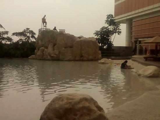 kolam renang anak dg konsep pantai anak bisa bermain pasir putih rh tripadvisor it
