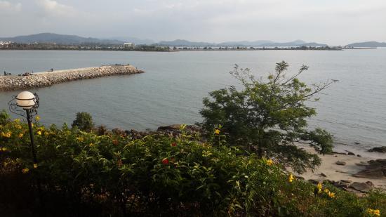 Century Langkawi Beach Resort: منظر من الفندق