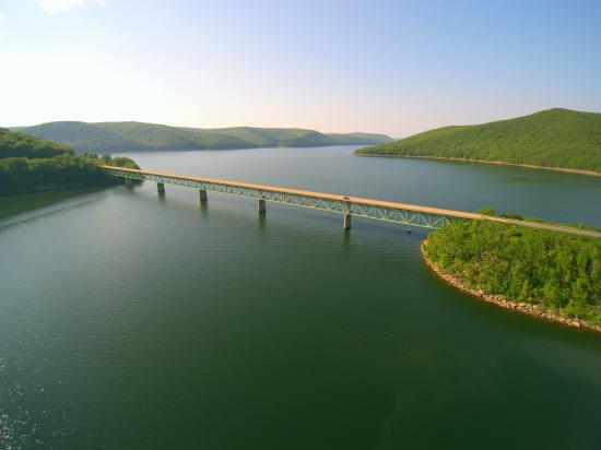 Allegheny National Forest Visitors Bureau: Allegheny National Forest-Allegheny (Kinzua) Reservoir