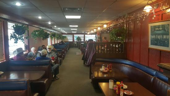 Perry S Restaurant 20160323 091425 Large Jpg