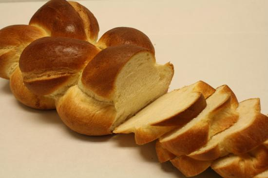 Zopf - soft, braided, traditional Swiss breakfast bread ...