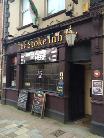 The Stoke Inn, pub.