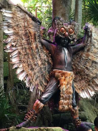 Xcaret Eco Theme Park: Interisting combination of beaches, zoo and shows