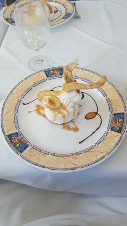 Banana Cheesecake with Rum Sauce