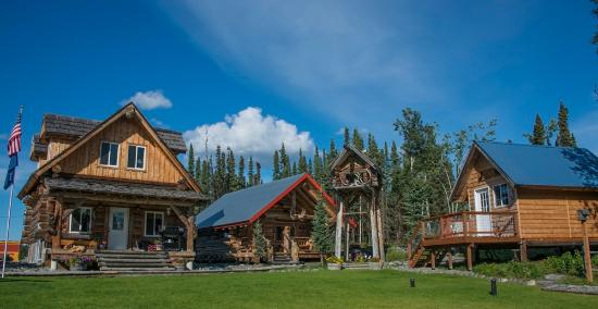 Sterling, AK: Clean and comfortable cabins. Full bathrooms in Miners Cabin and Bears Den