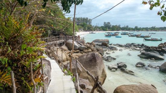 Hotel Sanom Beach Resort