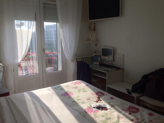 Hotel Abalys : Chambre 303