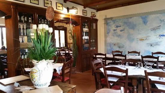 Sala accogliente, arredato con buon gusto - Picture of La Vecchia ...