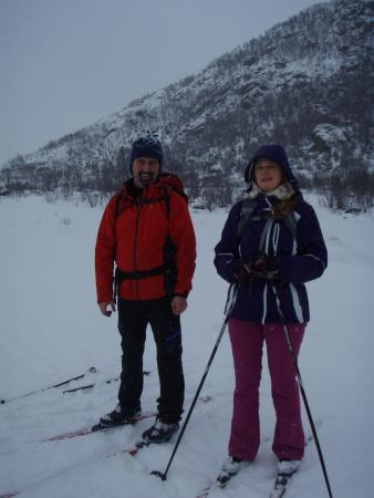 Risoyhamn, Norge: cross country skiing with Nigel