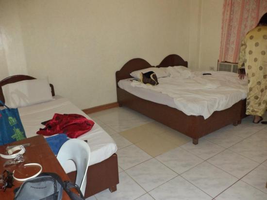 Coco Grove Tourist Inn Photo