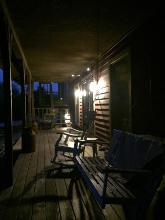 Pleasanton, KS: Cedar Crest Lodge