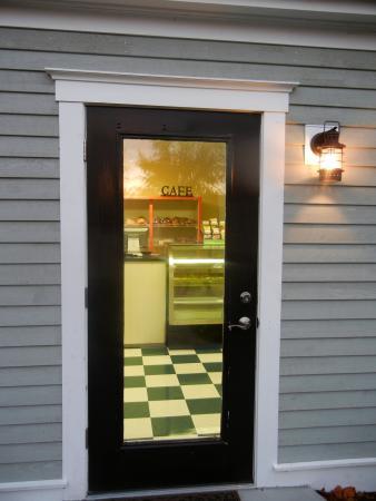 Chatham Village Cafe & Bakery