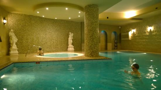 soreda hotel indoor swimming pool and jacuzzi located next to sauna and gym
