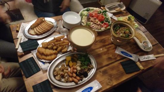 Airstream Dining Azito