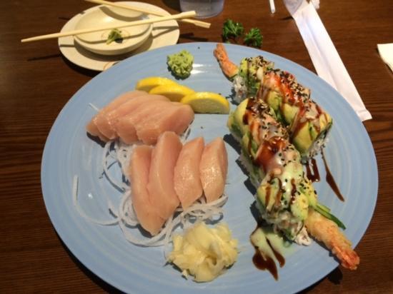 Wasabi Japanese Restaurant: Tuna Sashimi and sushi