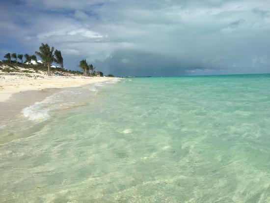 La Vista Azul Resort: Long Bay Beach