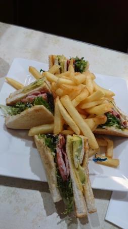 Super Star Cafe: Club Sandwich...yummo