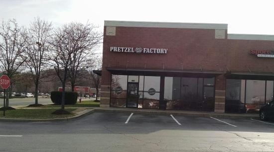 Philly Pretzel Factory - Cranberry Township