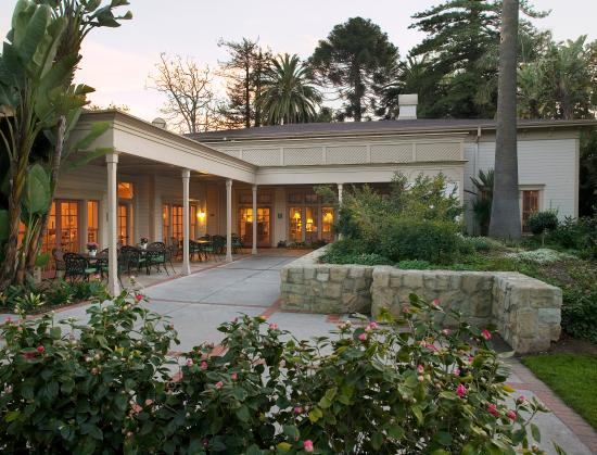 Goleta, Καλιφόρνια: Garden Cafe Patio Area