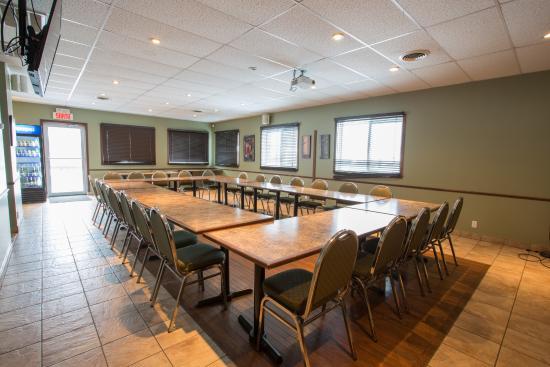 salle de r 233 ception pouvant accueillr 60 personnes picture of restaurant la place coaticook