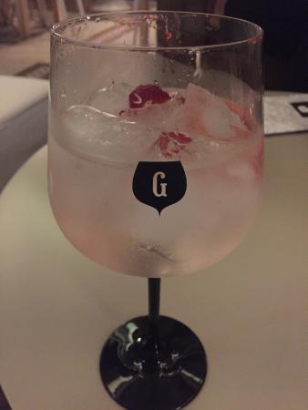 LESS - Gin Lovers Principe Real