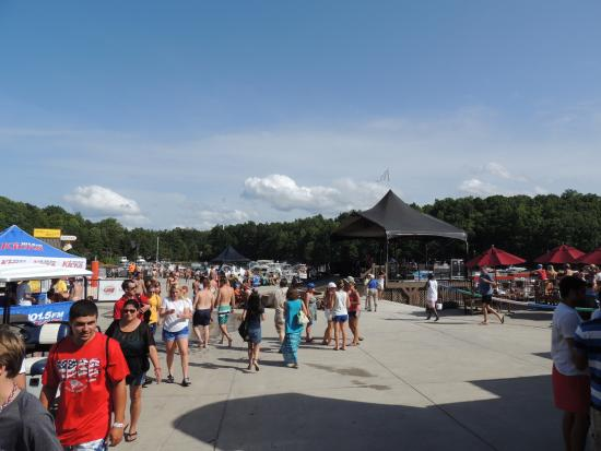busy day on the beach picture of margaritaville at lanier islands rh tripadvisor com
