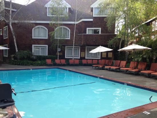 Atherton Park Inn & Suites, CA Hotel near Stanford University