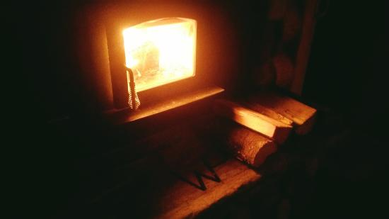 Sandpoint, ID: In-room wood stove