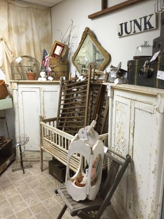Sayre, OK: Located right off Route 66 on western Oklahoma. Handmade by local Oklahoma Artists and Craftsmen
